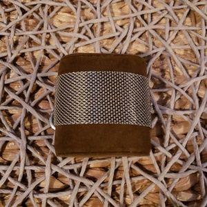 Jewelry - Silver mesh bracelet